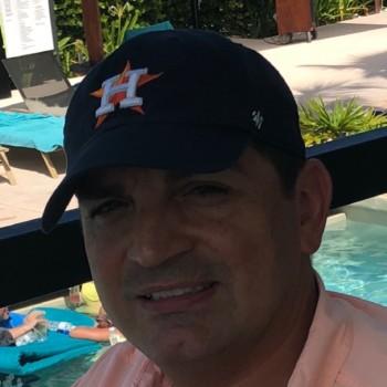 Robert Quezada